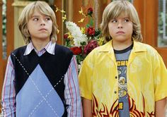 Suite Life of Zack & Cody/ On Deck casting secrets; Actors almost cast on Disney TV series; Stars who auditioned for roles on television show starring Dylan & Cole Sprouse Dylan Sprouse, Sprouse Cole, Sprouse Bros, Zack And Cody Funny, Zack Et Cody, Zack And Cody Cast, Disney Channel Shows, Disney Shows, Dylan Et Cole