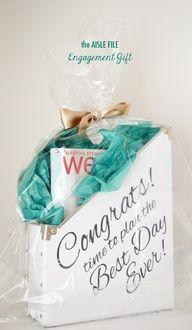 Engagement gift box