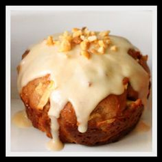 Peanut Caramel Apple Muffin Cupcake from http://www.therealistichousewife.com/2011/10/awesome-sauce-i-mean-applesauce-and.html