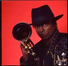 Belford Music: Miles Davis - Time After Time Live Jazz Artists, Jazz Musicians, Music Artists, Miles Davis, Santa Monica, Evergreen Book, I Wanna Party, The Ink Spots, Chet Baker