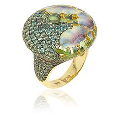 Ilgiz White Poppies cocktail ring- 18ct yellow gold with 2.90ct Alexandrite. A master of his craft, Ilgiz Fazulzyanov combines different styles and techniques such as filigree, engraving, embossing and enamel his work, pairing innovative concepts with exceptional craftsmanship. #cocktailring