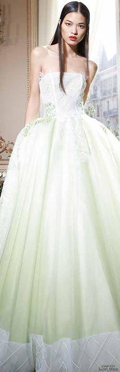 Yolan Cris Couture 2015