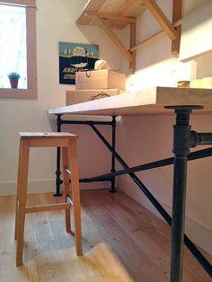 wohnzimmer tisch aus rohren im industrie stil