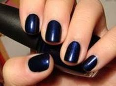 short navy nails - love my nails this length and loooove navy - tried black, but it was just too.  black.  I love black though, so I may try it again.  :)