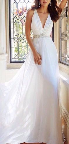 White Chiffon V-Neck Wedding Dress A-Line Bridal Gown Ivory Bridal Gown Halter…