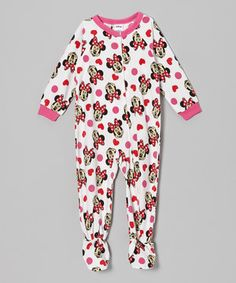 Bring the magic of Disney into a little one's world with this mouseterpiece of a footie, which has a zipper up the front for fuss-free changing. With a lively print that is sure to put a smile on any little character's face, this piece ensures that bedtime will begin to feel like a dream come true.