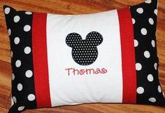 Girls or boys personalized Minnie or mickey por GigglesandLollipops