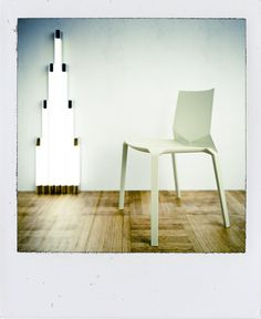 The designer Rocco Frediani brings together the art of Dan Flavin and Kristalia products:  Plana chair design by LucidiPevere #chair #productdesign