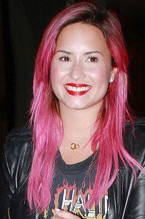 Demi Lovato Debuts Bright Pink Hair