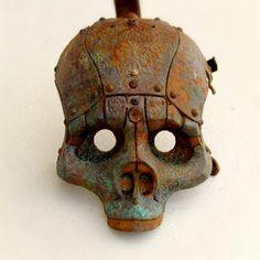 Sculpture in resin and metal. Sculptures, Lion Sculpture, Skull Mask, Ceramic Techniques, Fun Comics, Designer Toys, Character Art, Sculpting, Carving