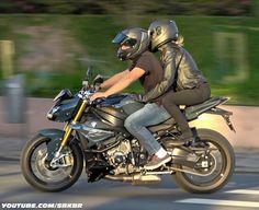 BMW S1000R #moto #bmw #s1000r #superbikes #bikers #bikelife #life #lifestyle #love #red #candy #ruby #sbkbr #br #curitiba #brasil #cwb #ctba Bike Bmw, Moto Bike, Bmw Motorcycles, Biker Boys, Motorcycle Girls, Ural Motorcycle, Bmw S1000rr, Hd Wallpapers For Mobile, Red Candy