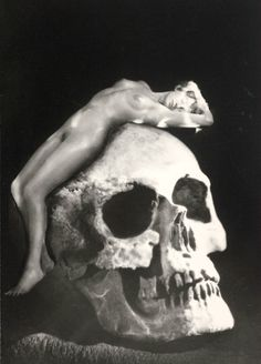 Decay by Manassé, 1950
