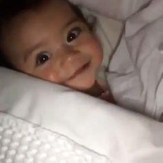 #cutebabies Cute Funny Baby Videos, Funny Baby Memes, Cute Funny Babies, Cute Baby Boy, Cute Little Baby, Baby Kind, Little Babies, Baby Love, Cute Kids