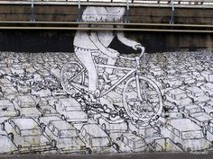 """Mural in Milan - """"A solution to massive transport"""""""