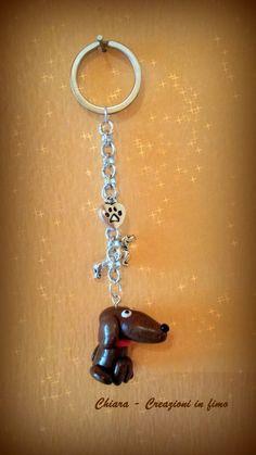 Portachiavi in #fimo handmade Cane Bassotto kawaii miniature idee regalo amica , by Chiara - Creazioni in fimo, 8,00 € su misshobby.com