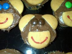 #Monkey #birthday #cupcakes