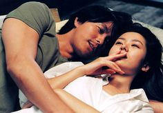 Cheol-su & Su-jin ----- Woo-sung Jung & Ye-jin Son ----- A Moment to Remember Romantic Series, Most Romantic, A Moment To Remember, In This Moment, Korean Drama 2014, Jung Woo Sung, Japanese Drama, Korean Actors, Korean Dramas