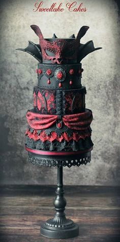 The most amazing Goth, Victorian and Steampunk cakes ever!