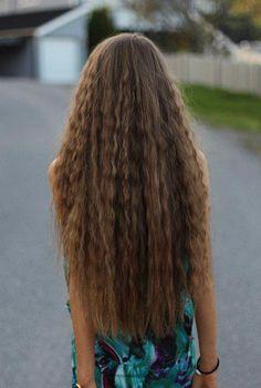 layered hair for long hair cuts long hair styles Hairdo For Long Hair, Haircuts For Long Hair, Long Wavy Hair, Long Hair Cuts, Straight Hairstyles, Thick Hair, Long Blond, Long Locks, Face Shape Hairstyles