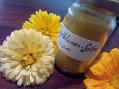 Gruenezwerge: Ringelblumensalbe Kraut, Candle Jars, Healing, Wine, Drinks, Bottle, Bad, Calendula, Home Remedies