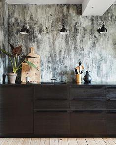Drømmer du om et råt look? Skab din egen marmorvæg enten med marmorpuds eller med tapet. Det giver et flot udtryk med en masse nuancer.…