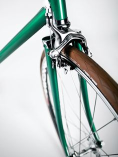 green fixie - Bicycles are a trend. There are so many great designs for bikes that you can storage yours at the living room and everybody will believe it is part of the decor. #ride #bikes #bicycle