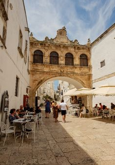 Puglia, the perfect holiday destination! - Mary Mack's World Culture Of Italy, Holiday Destinations, Most Beautiful Pictures, Exotic, Street View, Vacation, Sunset, World, Beach