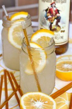 Honey Lemonade Cocktail: honey sticks make any summer drink more fun! @Malinda L Southern Peach