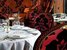 Dinner at Rhubarb, Prestonfield House, one of Edinburgh's most acclaimed restaurants: Mary, Queen of Scots (2014)