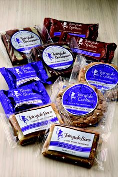 #brownies #cookies and blondies baked by Fairytalle Brownies #yum www.brownies.com Fairytale Brownies, Blondies, Toffee, Pop Tarts, Fairy Tales, Snack Recipes, Chips, Pure Products, Cookies