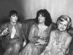 Elizabeth Taylor, center, hangs out at Studio 54 with singer Liza Minnelli (l.) and First Lady Betty Ford (r. Liza Minnelli, Studio 54, Elizabeth Taylor, Manhattan, John Warner, Betty Ford, Cinema, Poses For Pictures, Girly Pictures