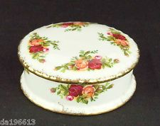 Royal Albert Old Country Roses Round Lidded Pot 1962-73 VGC