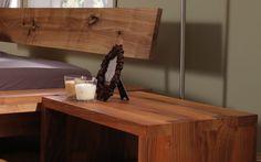 Möbel ölen oder wachsen - Tipps & Tricks von ADLER: Lesen Sie mehr! Kintsugi, Floating Nightstand, Tricks, Table, Furniture, Home Decor, Wax, Nice Asses, Reading