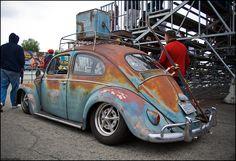 The Volkswagen Beetle --- A look back. Volkswagen Bus, Vw Camper, Volkswagon Van, Kdf Wagen, Hot Vw, Rat Look, Beetle Car, Ferdinand Porsche, Vw Beetles