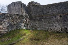 Bishop´s Castle in Haapsalu - Piiskopi Linnus in Haapsalu Estonia