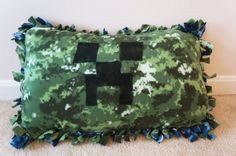 Handmade Reversible Minecraft Creeper Inspired by KTKreations123