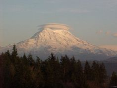 Graham, WASHINGTON -- GREAT LOCATION -- It is a beautiful community only 30 minutes from the mountains and beautiful lakes.