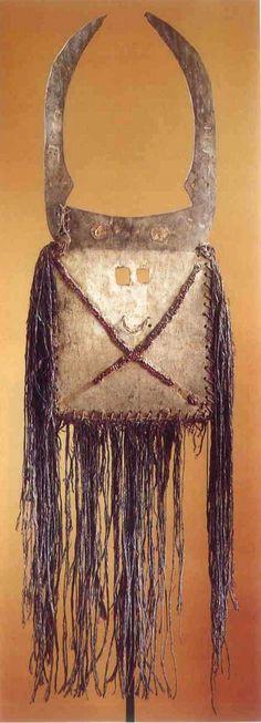 African Masks, African Art, Art Africain, Animal Totems, Ghosts, Dream Catcher, Craft, African, Masks