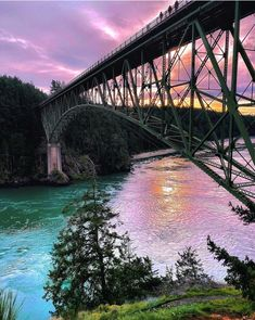 #Seattle Must See ~ Deception Pass Bridge 🌁 #Whidbyisland, the most beautiful state in the Pacific Northwest. 🌲#pnw #pnwtravel #WashingtonState #emeraldcity #mountains #travel 🛫 #tourism #travelseattle #bridge #park #bridges #deceptionpass Camano Island, Whidbey Island, Western Washington, Washington State, Island County, Deception Pass, Oak Harbor, Olympic Peninsula, Emerald City