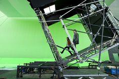 Ellen Page y Leonardo DiCaprio en el set de Inception (2011)
