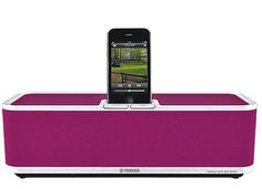 Pink iPod dock = so Magpie.