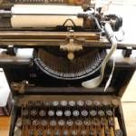 1920s typewriter!