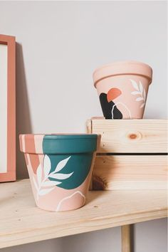 Painted Plant Pots, Painted Flower Pots, Painting Terracotta Pots, Paint Garden Pots, Terracotta Plant Pots, Decorated Flower Pots, Pottery Painting, Diy Painting, Pots D'argile