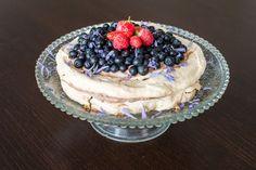 Torta Pavlova s mascarpone a ovocím – Mamin zápisník