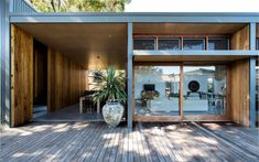 Naturally Modern - vogue living magazine 70's style house