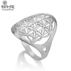 Hey, I found this really awesome Etsy listing at https://www.etsy.com/il-en/listing/159481735/14k-white-gold-flower-ring-flower-of