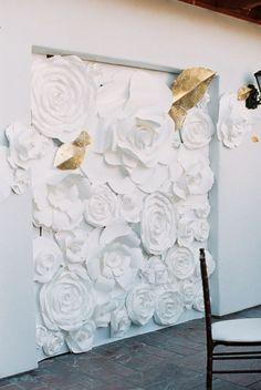 Modern floral wall decor: http://www.stylemepretty.com/2015/09/30/classic-outdoor-wedding-at-bacara-resort-spa/ | Photography: Carmen Santorelli - http://carmensantorellistudio.com/: