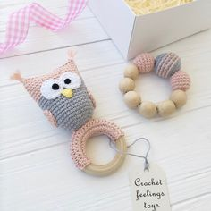 Crochet owl rattle and teether - Care - Skin care , beauty ideas and skin care tips Owl Crochet Patterns, Owl Patterns, Basic Crochet Stitches, Crochet Baby Toys, Diy Crochet, Newborn Toys, Baby Rattle, Crochet Projects, Pram Toys