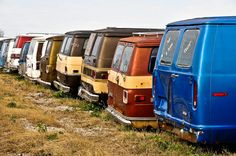 Chevrolet Van, Chevy Vehicles, Chevy Vans, Car Barn, Day Van, Rusty Cars, Cool Vans, 70s Style, Abandoned Cars
