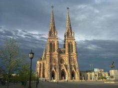 Basilica Nuestra Señora de Lujan
